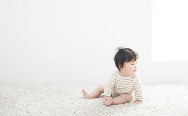 生後7カ月ごろの赤ちゃんのイメージ