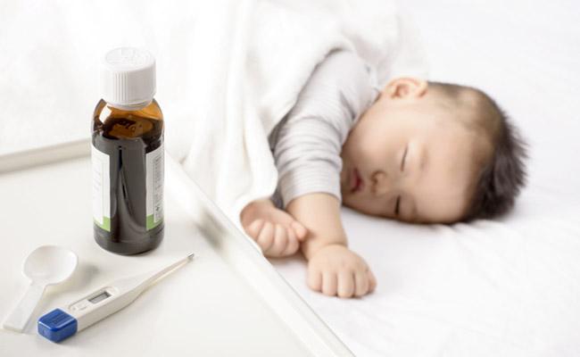 風邪をひいた赤ちゃんのイメージ