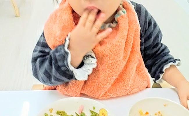 保育園のお食事エプロンのイメージ