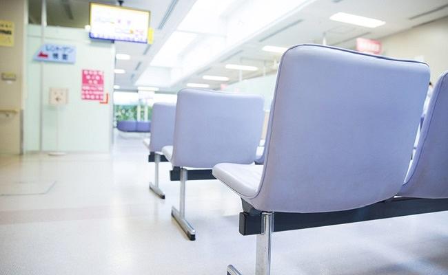 病院の待合室のイメージ