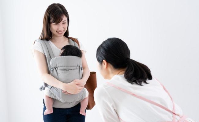 保育園に行く赤ちゃんのイメージ