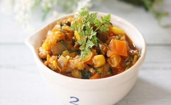 9〜11カ月ごろ(離乳食後期)のレシピ「あじと野菜たっぷりのトマトソース」