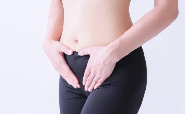 女性の腹部