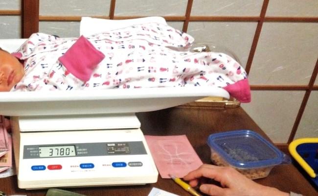 赤ちゃんを計測
