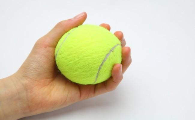 テニスボールのイメージ