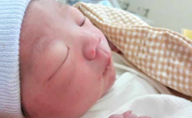 産後の赤ちゃん