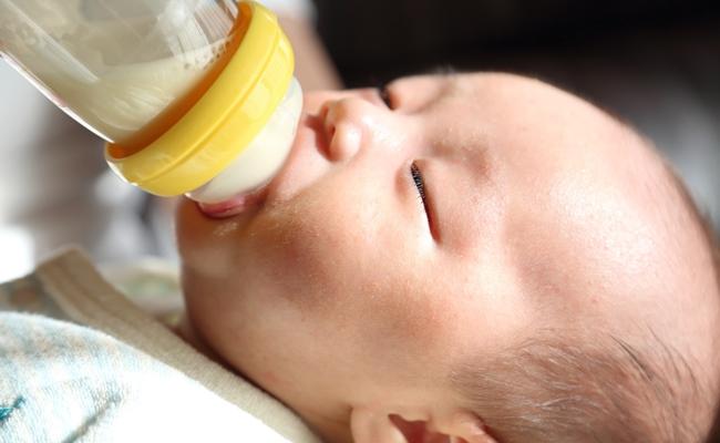 乳児用液体ミルクを使ってみたいママ約8割、その理由とは?【調査結果】
