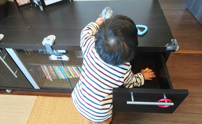 家具と赤ちゃん