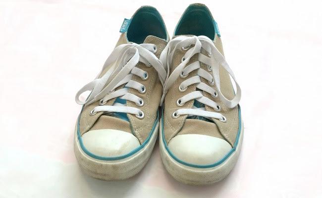 セリア 伸び〜る靴ひも 装着