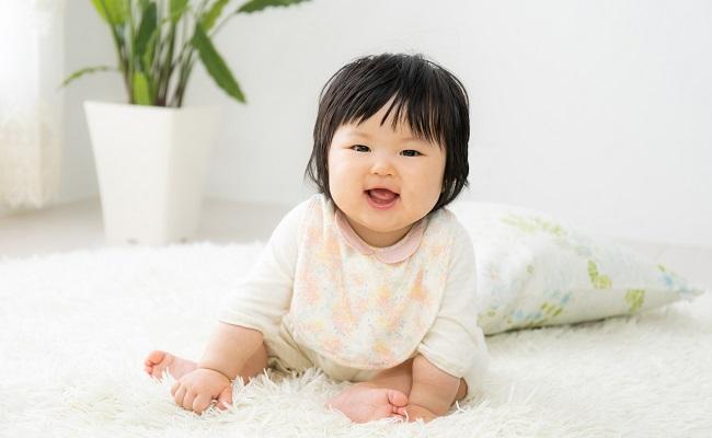 9カ月~12カ月の赤ちゃんのイメージ