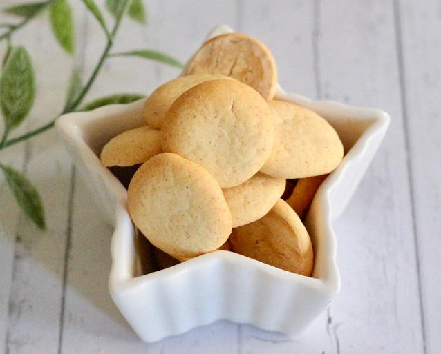 1歳~1歳6カ月ごろ(離乳食完了期)のレシピ「混ぜるだけきな粉クッキー」