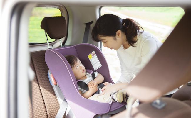 赤ちゃん連れの旅行や帰省の移動のイメージ