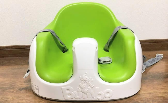 バンボの「マルチシート」は椅子でも床でも使える便利なベビーソファ