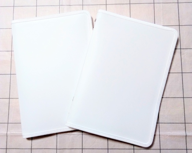 セリアの書類ケース