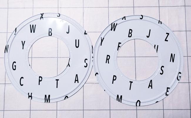 セリアのアルファベット柄ガスコンロマット