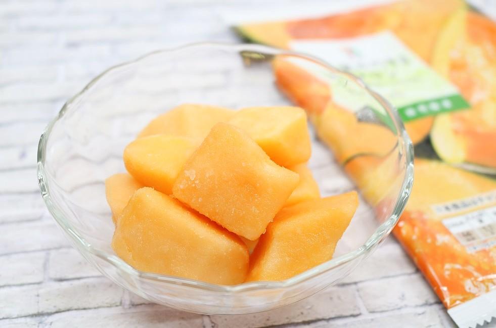 セブンイレブン冷凍フルーツ「果実そのままメロン」