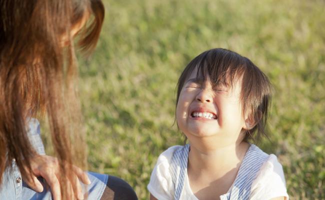 子どもをしかるイメージ
