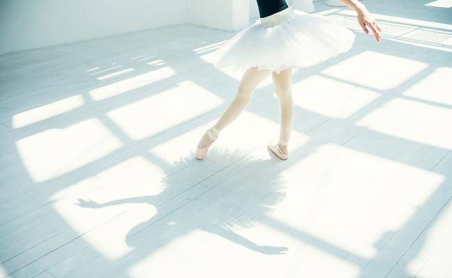 アラフィフからでも遅くない!「大人バレエ」で美脚を目指そうtop
