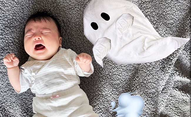 赤ちゃん寝相アート