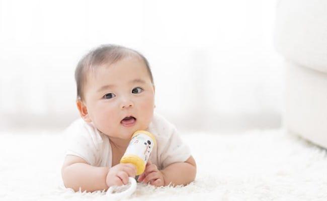 生後5カ月の子に合った遊びは? 助産師が教えます!