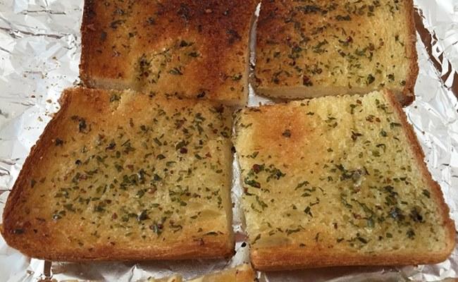 カルディガーリックトースト食パン