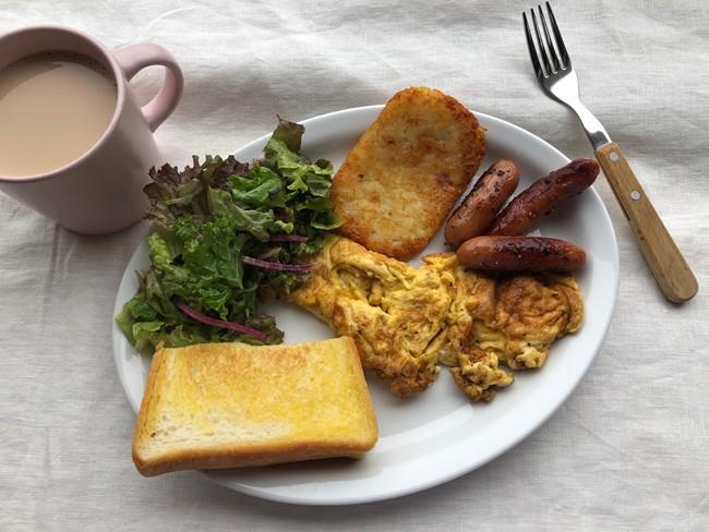 業務スーパー ハッシュドポテト入りの朝食