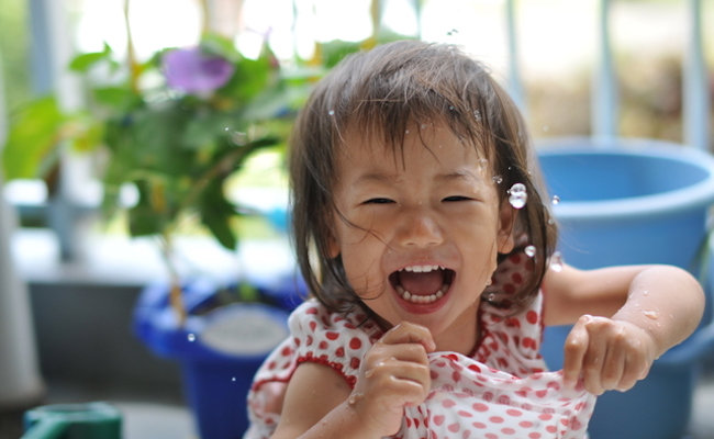 子どもの夏の遊びのイメージ