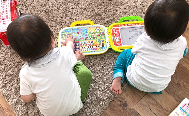 双子が夢中♡歌もクイズも!買ってよかったワンワンとうーたんのおもちゃ