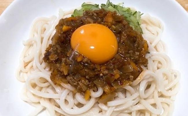 業務スーパー 麻蝦醤のアレンジレシピ 坦々うどん