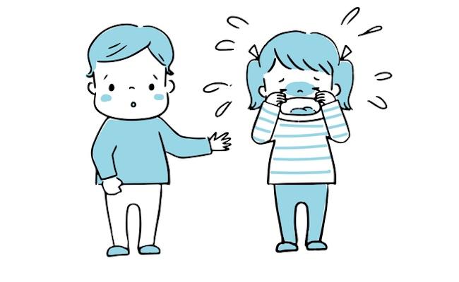 友だちトラブルで泣いている子どものイメージ