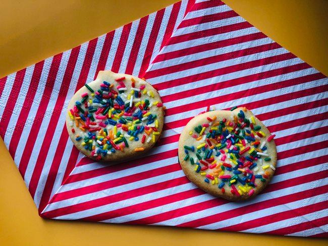 業務スーパー レインボーフレークでクッキー