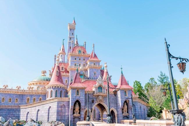 東京ディズニーランド 美女と野獣の城