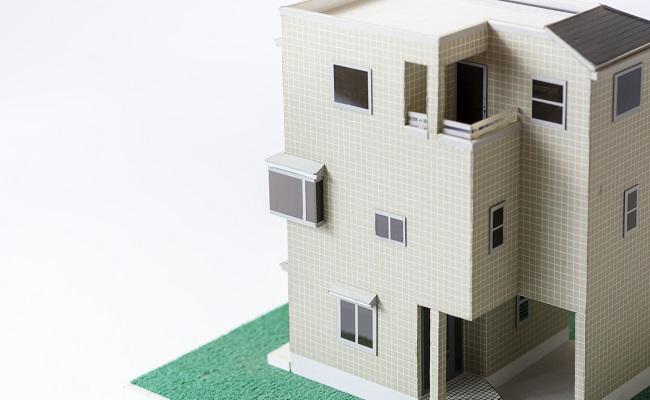 三階建ての住宅