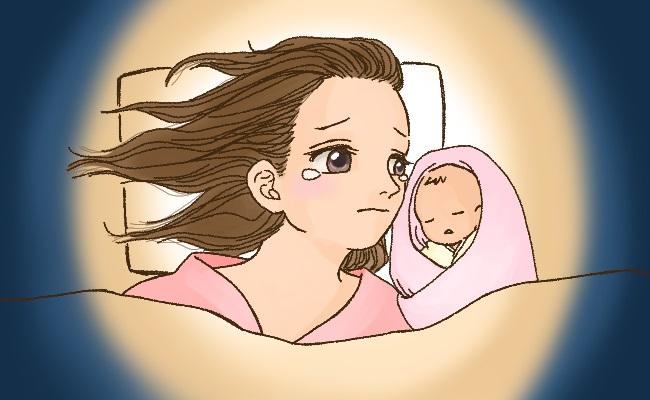 緊急帝王切開後に赤ちゃんを添い寝するママ