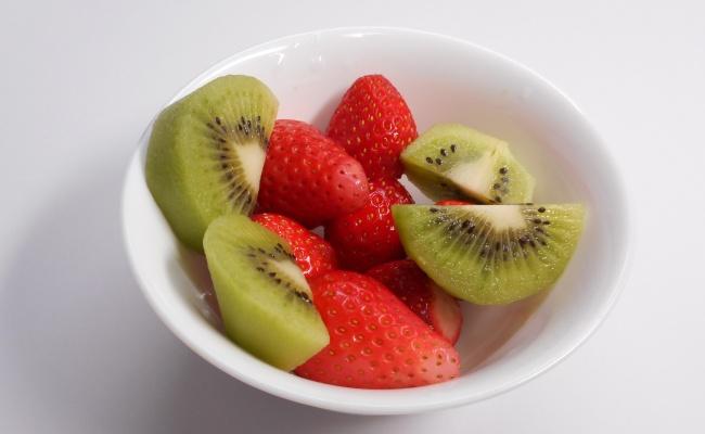 キウイ イチゴ