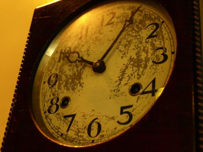 時計 22時