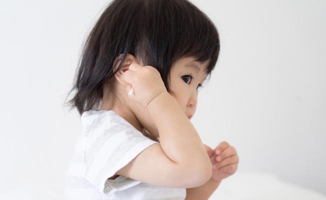 娘は中耳炎と診断されたのに、実は違った!