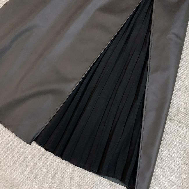 【しまむら】合皮プリーツスカート