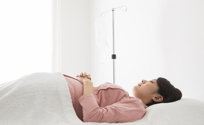 入院する妊婦さんのイメージ