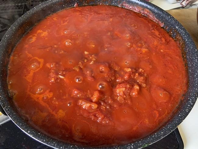 業務スーパー トマト缶でトマトソース