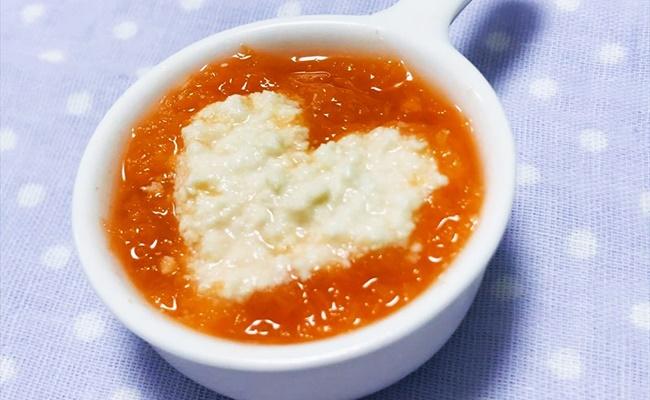 【離乳食初期】レンジで作る すりおろし人参と豆腐のスープ