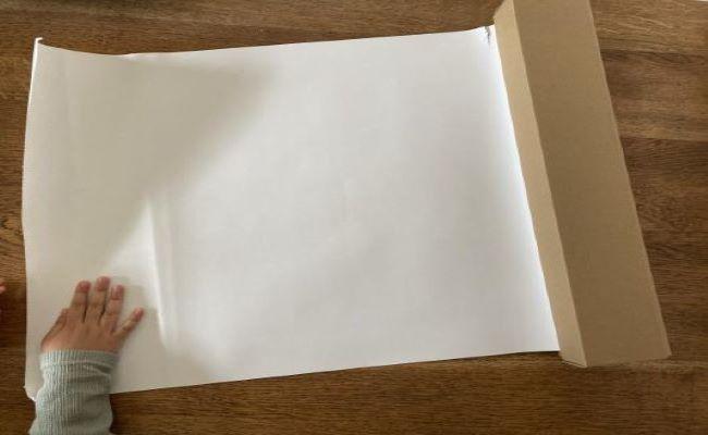 ダイナミックなお絵描きができる、無印良品のおえかきロール紙!