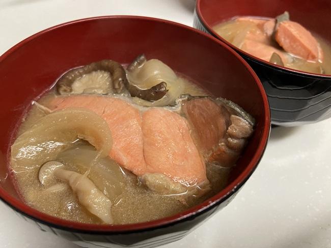 鮭 お味噌汁