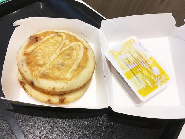 「ハワイアンパンケーキ 3種のベリーソース」が超豪華!