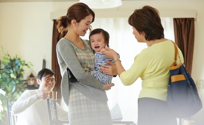 産後、義母のお手伝いが逆に負担…。お互いWin-Winな「お手伝い」を考えた結果、いい関係に♪