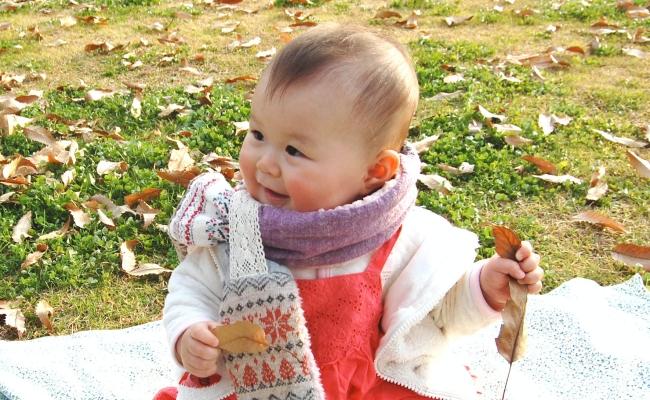 「ついにこのときが…!」髪の毛が少なくなかなかな伸びなかった娘。赤ちゃん筆を作ることに!