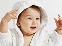 赤ちゃんのお風呂に必要なベビー用バスローブ・バスポンチョはコレ!
