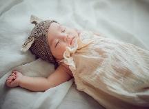 先輩ママが選んでいる人気の「新生児用の帽子」3選