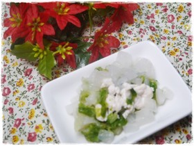 離乳食中期 鶏ささみと大根とレタスの煮物