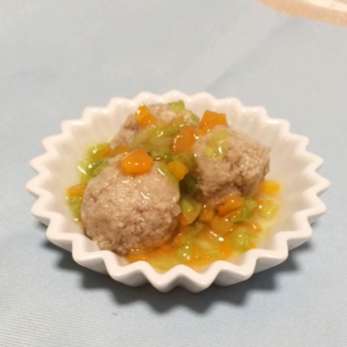 【離乳食後期】豆腐入り肉団子の野菜あんかけ
